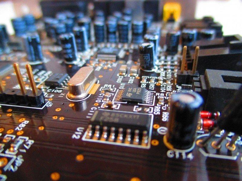 Crean un transistor electrónico más eficiente fabricado con diamantes