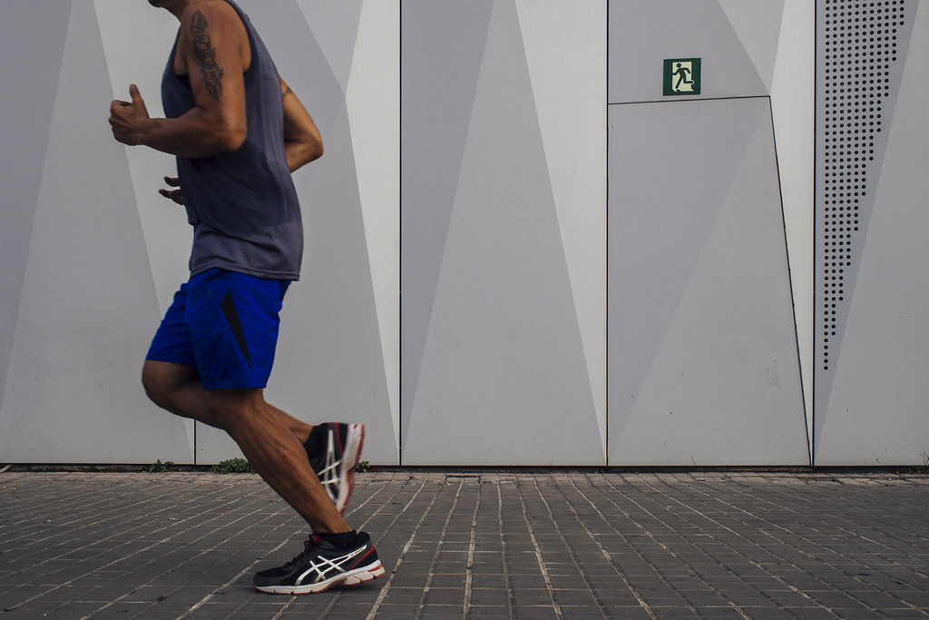 Un estudio determina que la actividad física regular podría reducir en un tercio el riesgo de muerte por COVID-19